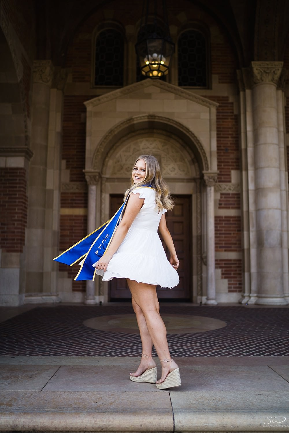 Samantha – UCLA Graduation Portraits 22