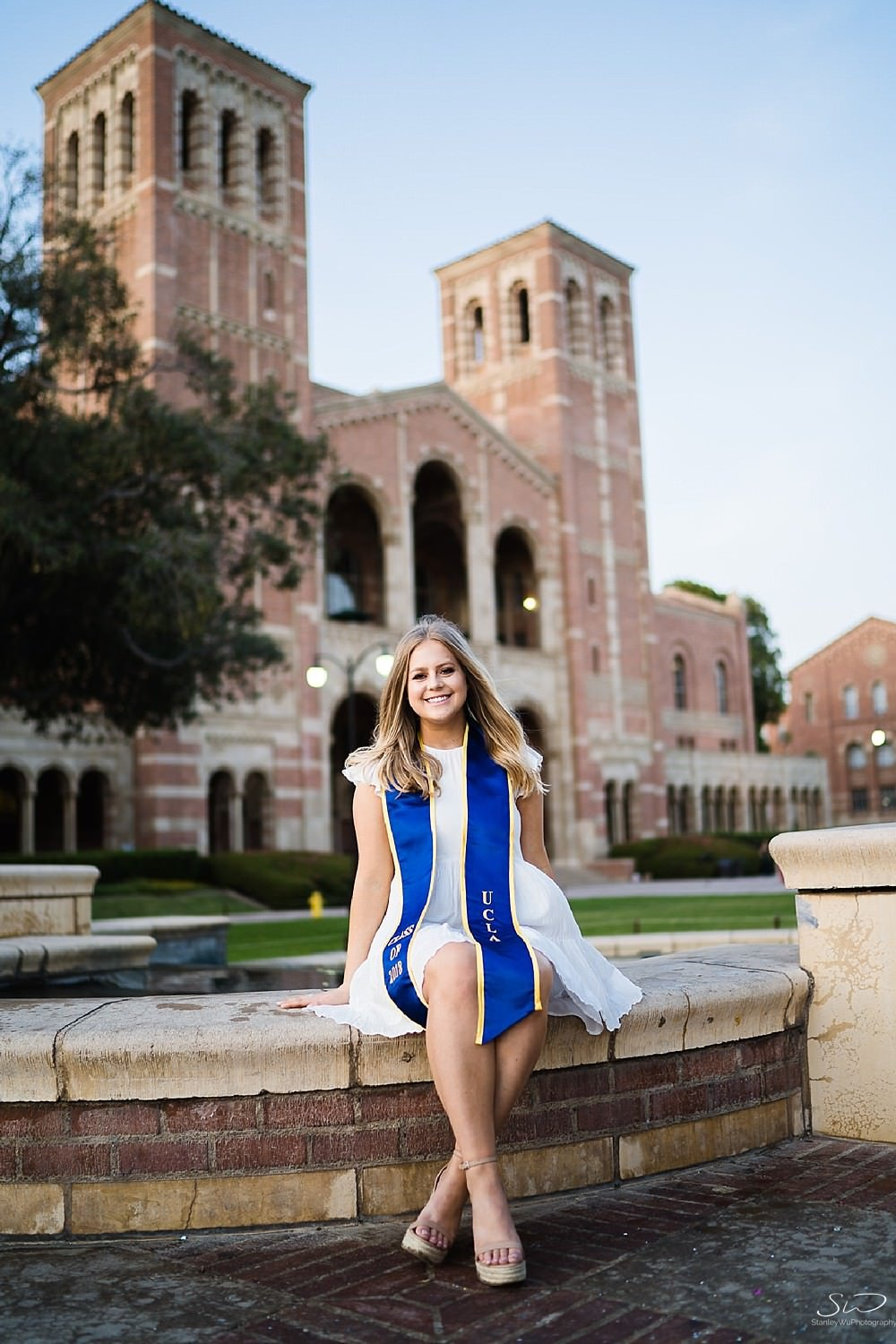 Samantha – UCLA Graduation Portraits 80