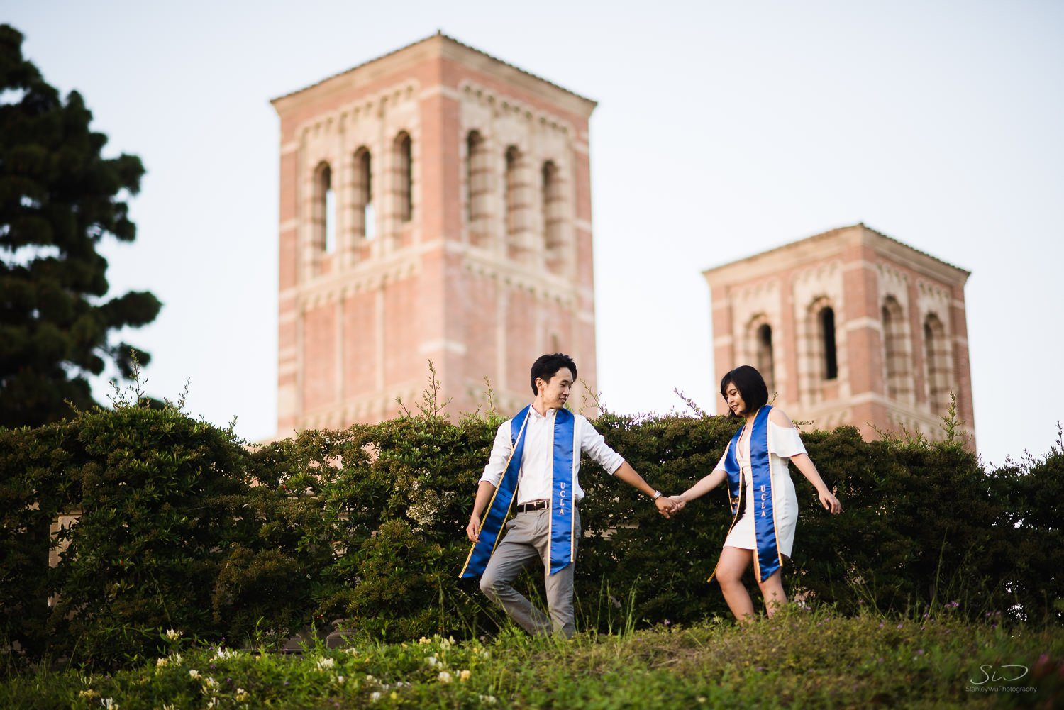 ucla senior graduation portraits beautiful sunset couple 41