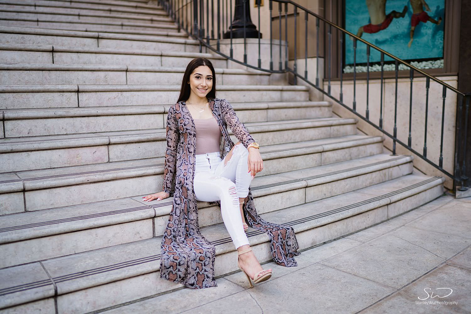 los angeles urban lights rodeo drive high school senior portraits